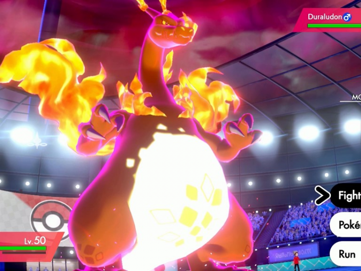 Charizard fighting in a competitive pokemon battle.